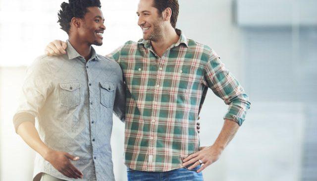 É possível sermos nós mesmos no contexto social e profissional?