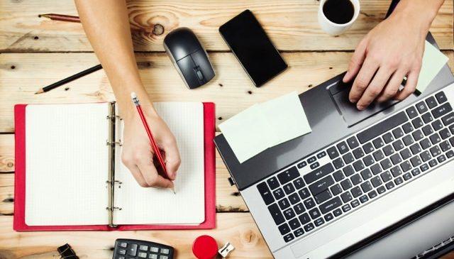 Internet é fonte de informações antes das compras, aponta pesquisa