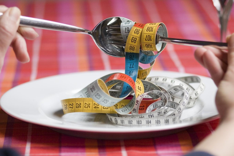 Cortar calorias pode diminuir a velocidade do processo de envelhecimento